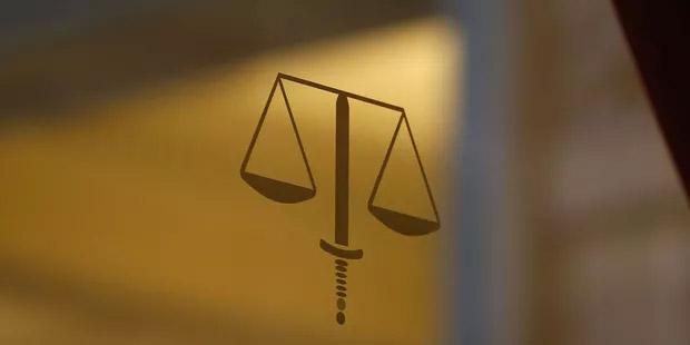 Condamnations peu nombreuses, peines légères : pourquoi le délit de revenge porn est encore mal appliqué